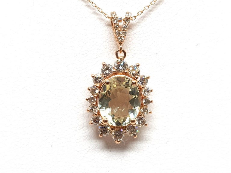 6.00 Carat Rose Gold Necklace Diamond Golden Beryl Pendant In New Condition For Sale In Antwerp, BE