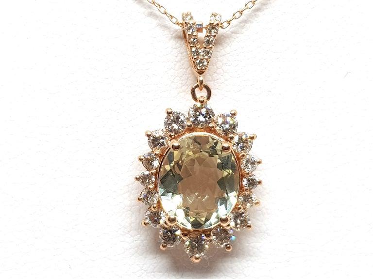 Women's 6.00 Carat Rose Gold Necklace Diamond Golden Beryl Pendant For Sale