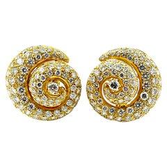 6.00 Carat Round Brilliant Diamond and 18 Karat Yellow Gold Shell Clip Earrings