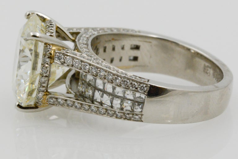 Round Cut 6.01 Carat Diamond Engagement Ring For Sale