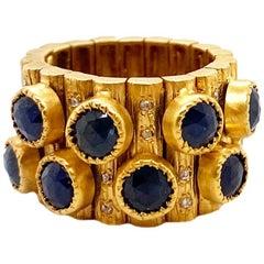 6.03 Carat Blue Sapphire Flexible Band Art Deco Ring in 20 Karat Yellow Gold