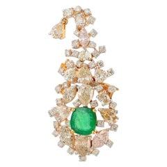 6.05 Carat Diamond Emerald 18 Karat Yellow Gold Maharaja Brooch