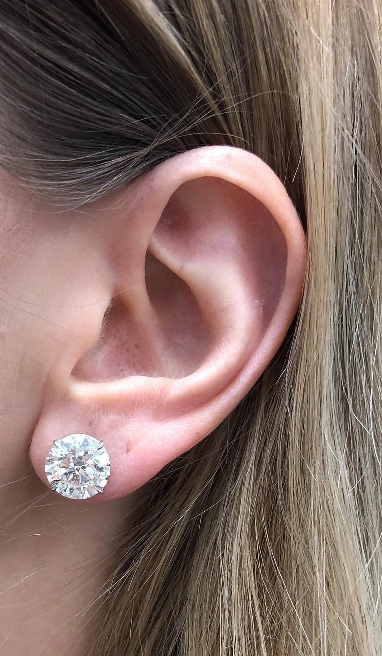 6.05 Carat Diamond Stud Earrings In New Condition For Sale In New York, NY