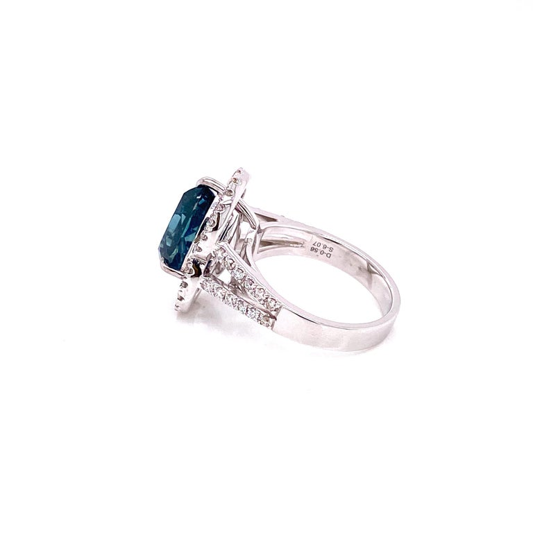 6.07 Carat GRS Certified Unheated Burmese Sapphire and Diamond Engagement Ring In New Condition For Sale In Hong Kong, HK