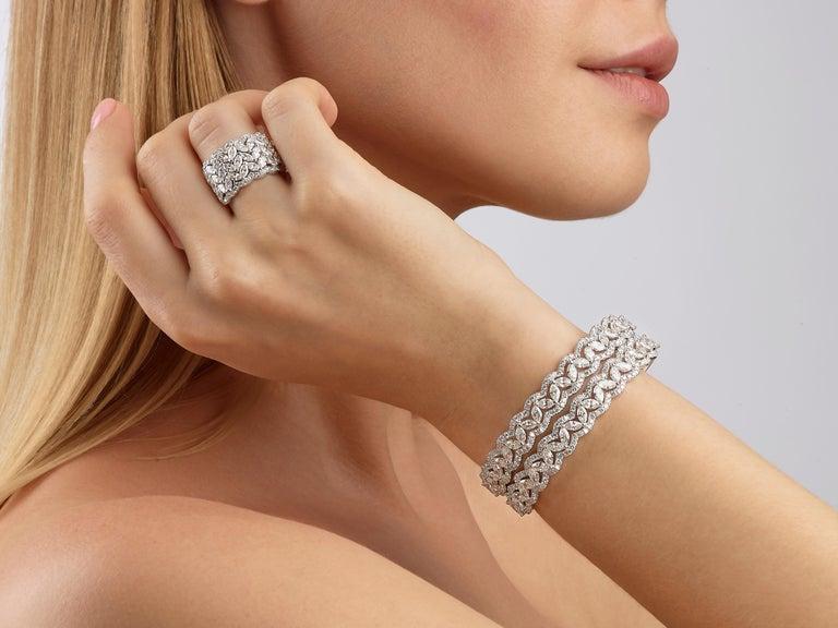 Women's or Men's 6.08 Carat Marquise Round Diamond 18 Karat White Gold Bangle Bracelet For Sale