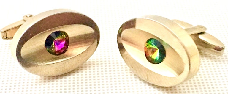 60'S Pair Of Gold & Watermelon Crystal Cufflinks By Sarah Coventryk In Good Condition For Sale In West Palm Beach, FL