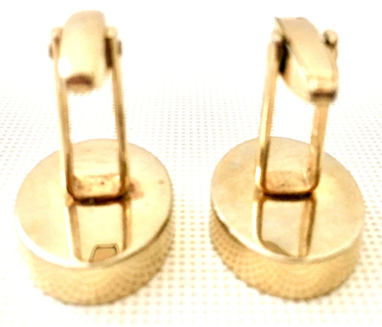 60'S Pair Of Gold & Watermelon Crystal Cufflinks By Sarah Coventryk For Sale 4