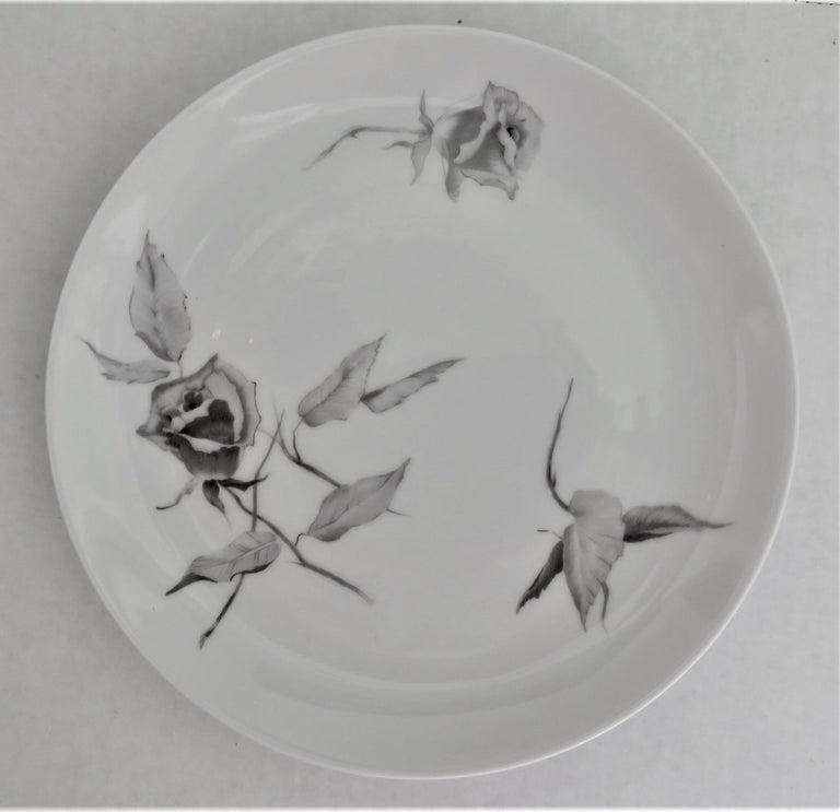 "German 60s Raymond Loewy Jet Rose ""2000"" Form for Rosenthal 12 Dessert / Salad Plates For Sale"
