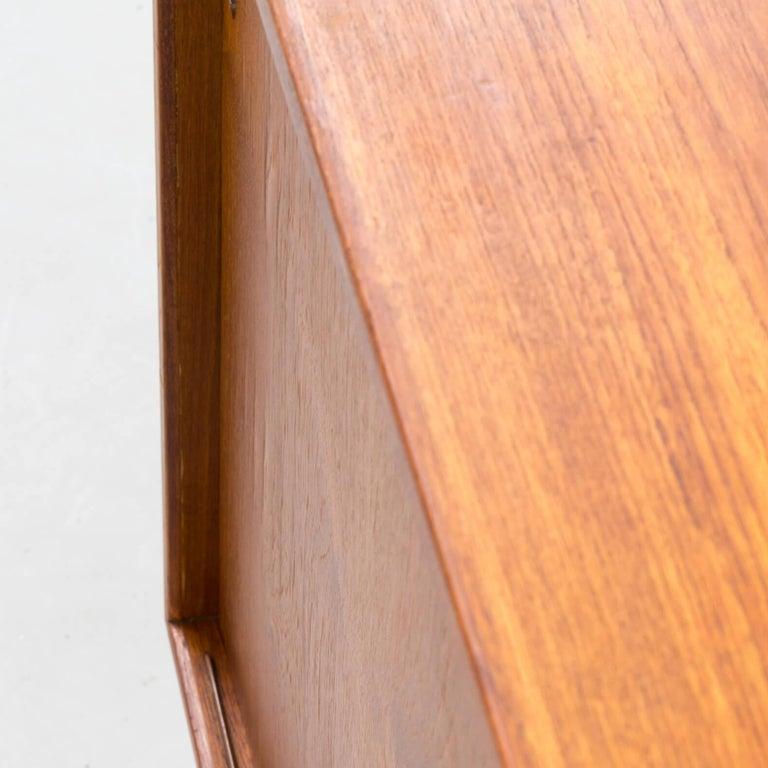 1960s teak sideboard by Ib Kofod-Larsen For Sale 10