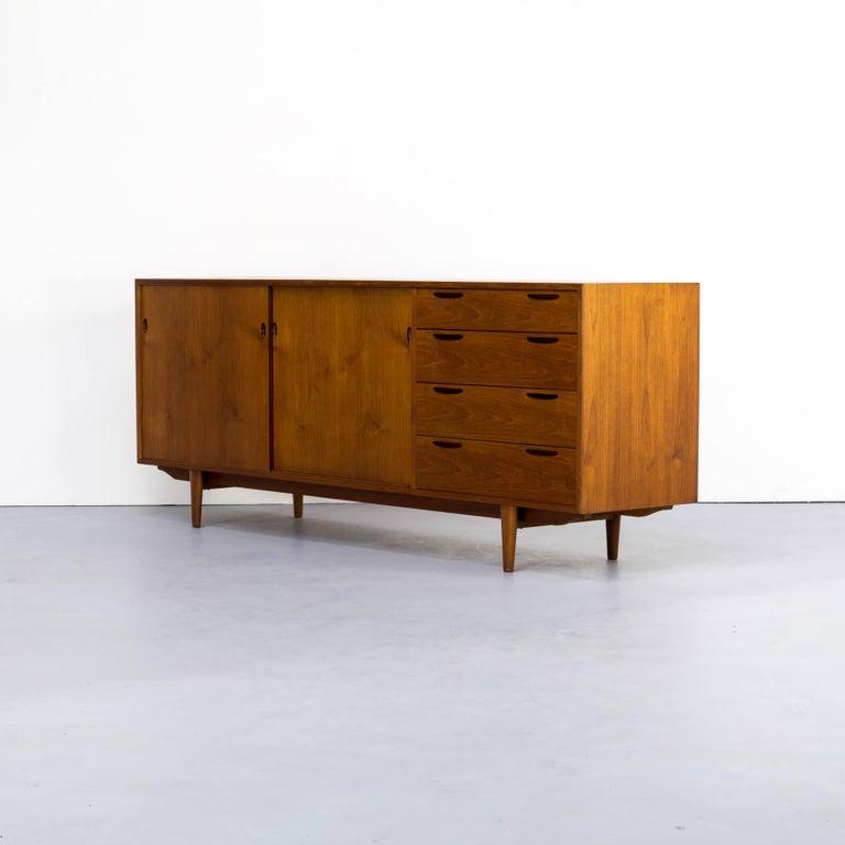 1960s teak sideboard by Ib Kofod-Larsen In Good Condition For Sale In Amstelveen, Noord