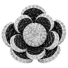 6.13 Carat Black and White Diamond Flower Fashion Ring