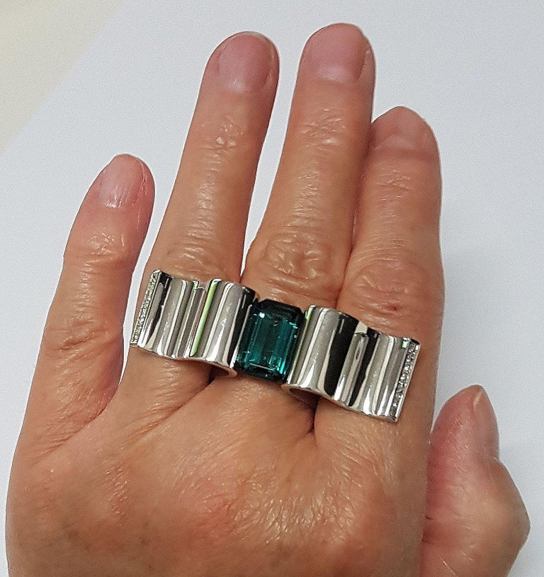 """6.13 Carat Indicolite Diamond White Gold Ring """"Wave"""" Wagner Collection For Sale 1"""