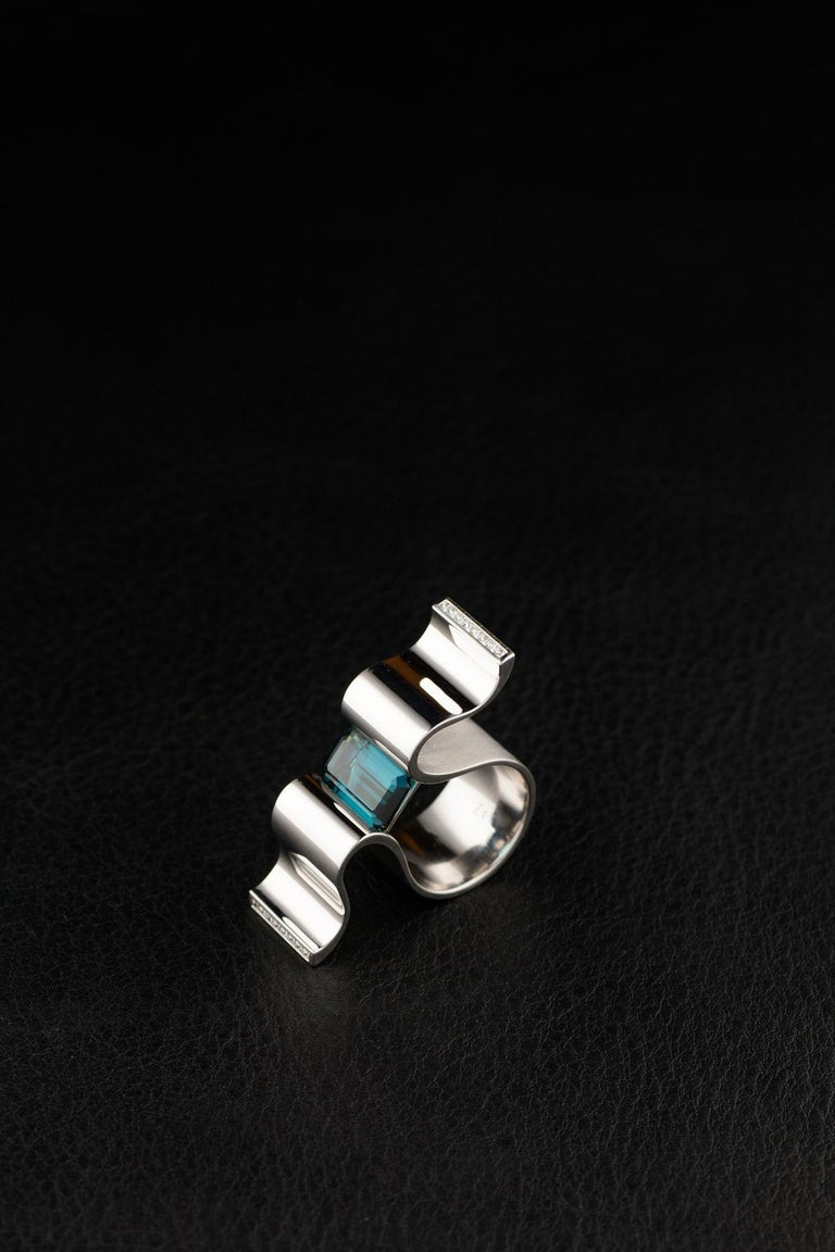 """6.13 Carat Indicolite Diamond White Gold Ring """"Wave"""" Wagner Collection For Sale 4"""
