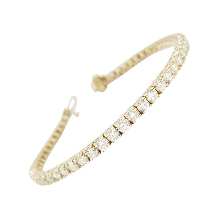 6.14 Carat Round Brilliant Natural Diamond Tennis Bracelet 14 Karat Yellow Gold For Sale