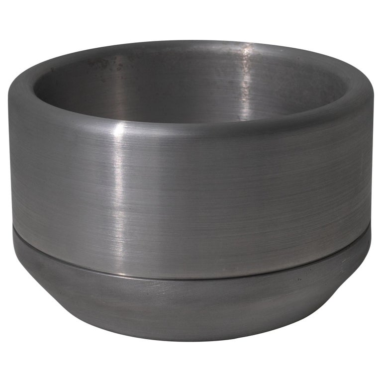 618 Planter in CNC Milled, Spun and Anodized Aluminum For Sale