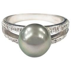 6.20 Carat Tahitian Pearl and Diamond Gold Ring