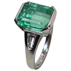 6.23 Carat Natural Colombian Emerald and Diamond White Gold Ring