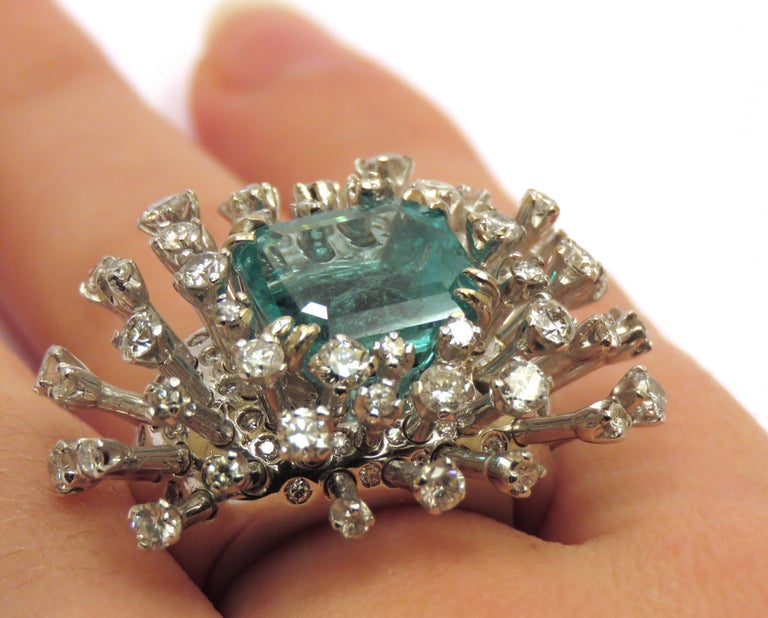 6.26 Carat Green Emerald Diamonds White 18K Gold Cocktail Ring Made In Italy For Sale 4