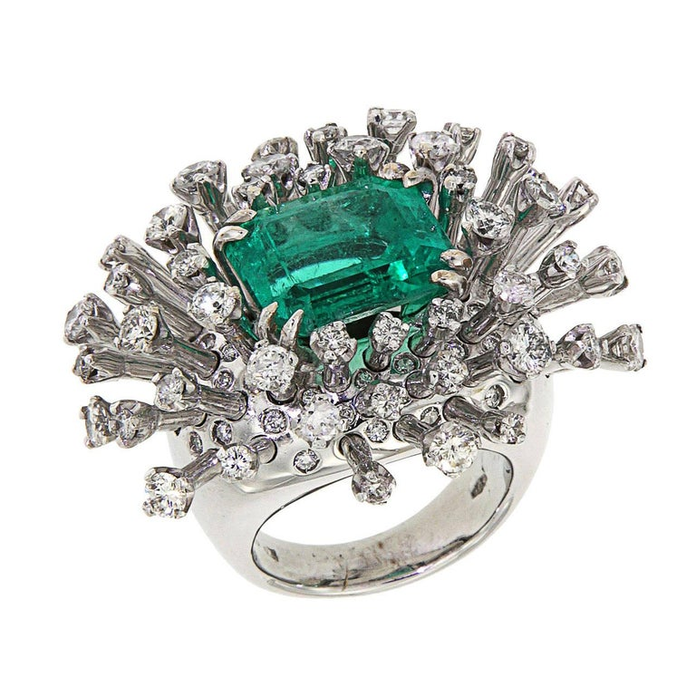 6.26 Carat Green Emerald Diamonds White 18K Gold Cocktail Ring Made In Italy For Sale