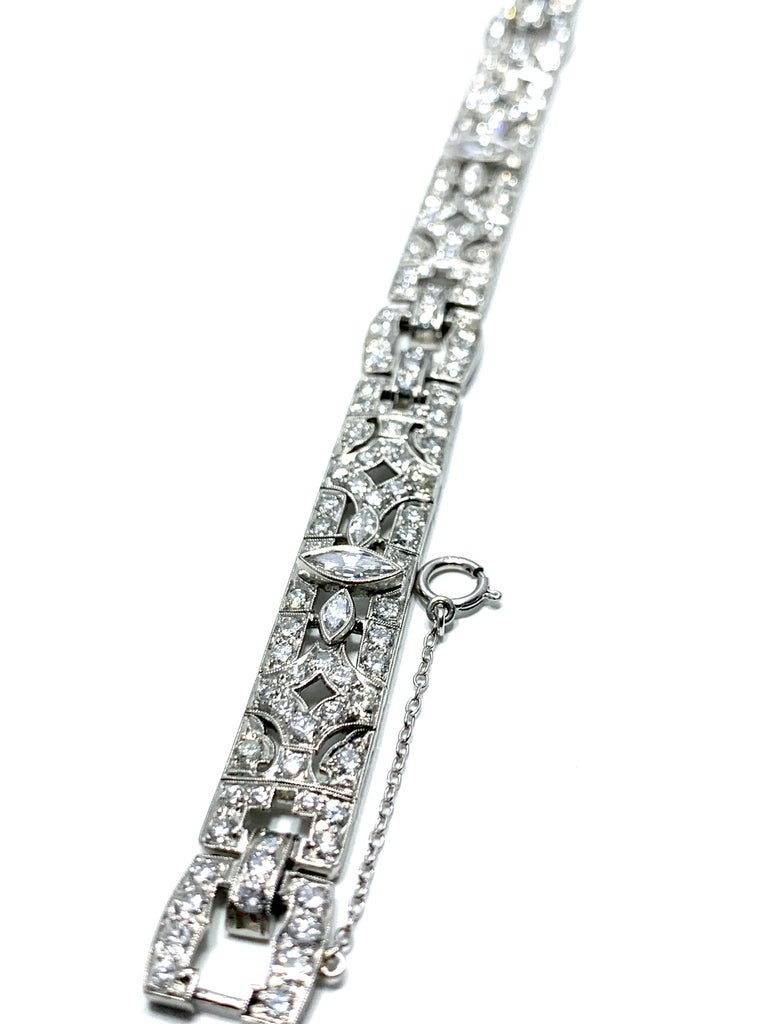 6.26 Carat Art Deco Diamond and Platinum Bracelet In Excellent Condition For Sale In Washington, DC
