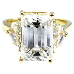 6.28 Carat Vintage Emerald Diamond Engagement Wedding Three-Stone Yellow Gold