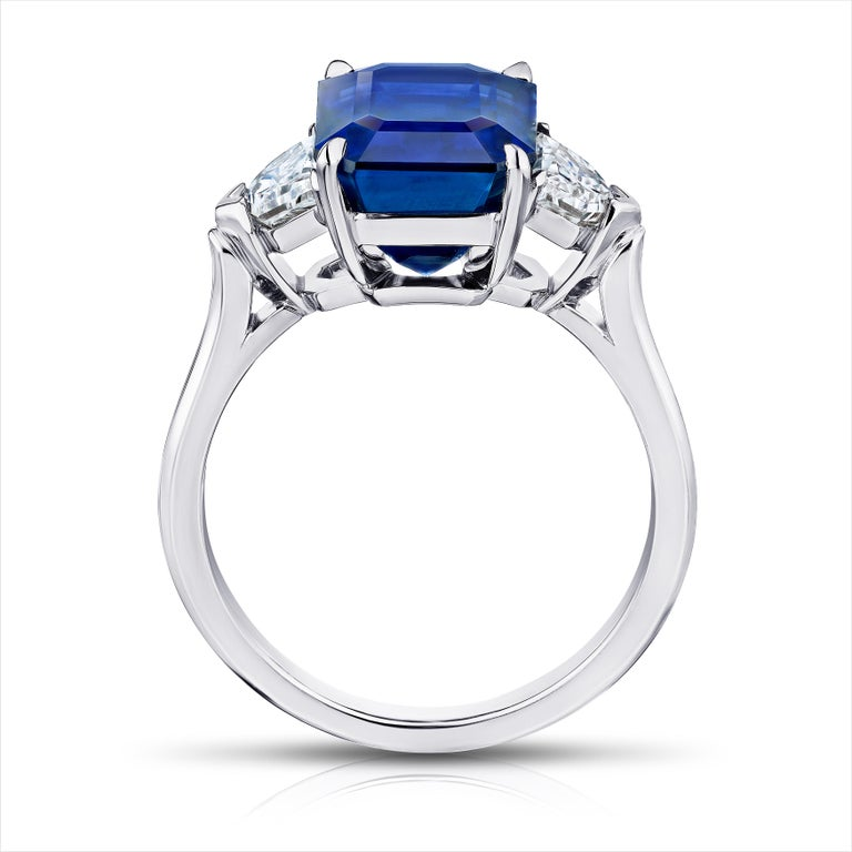 Contemporary 6.30 Carat Emerald Cut Blue Sapphire and Diamond Ring For Sale