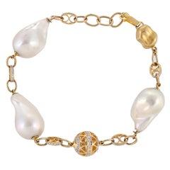 63.29 Carat Freshwater Baroque Pearl Diamond Filigree 18 Karat Link Bracelet