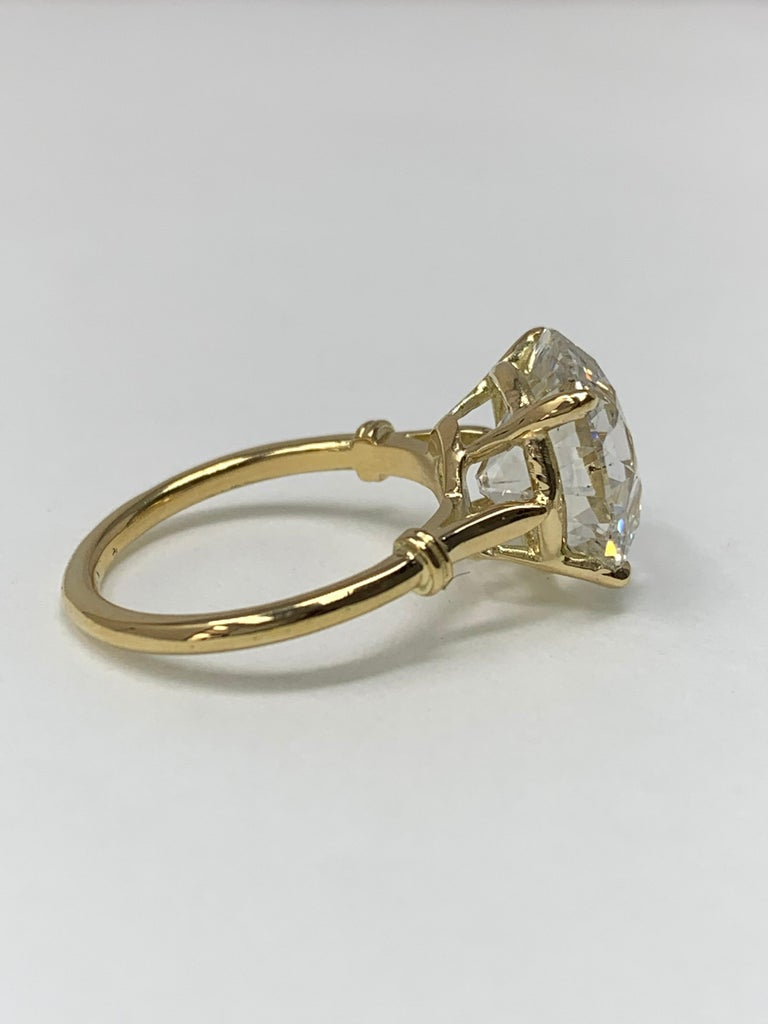 6.34 Carat Old European Cut Diamond Ring in 18 Karat Gold, GIA Certified For Sale 2