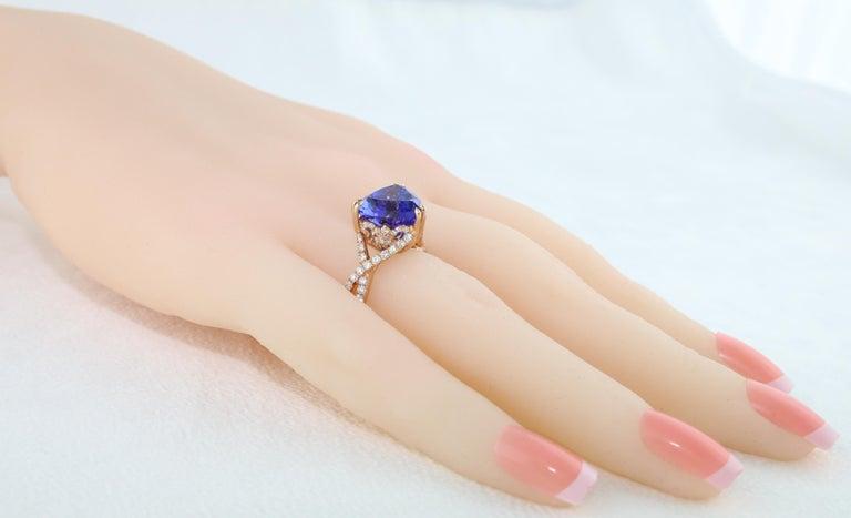 6.34 Carat Trillion Cut Tanzanite Diamond Rose Gold Ring For Sale 5