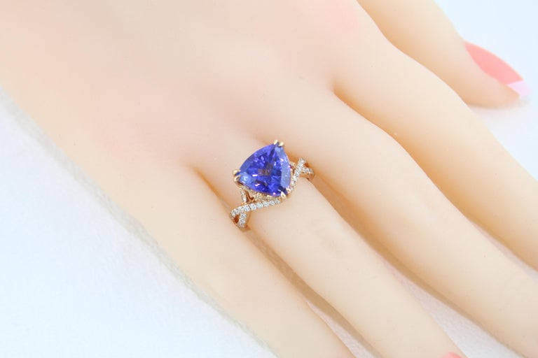 6.34 Carat Trillion Cut Tanzanite Diamond Rose Gold Ring For Sale 6