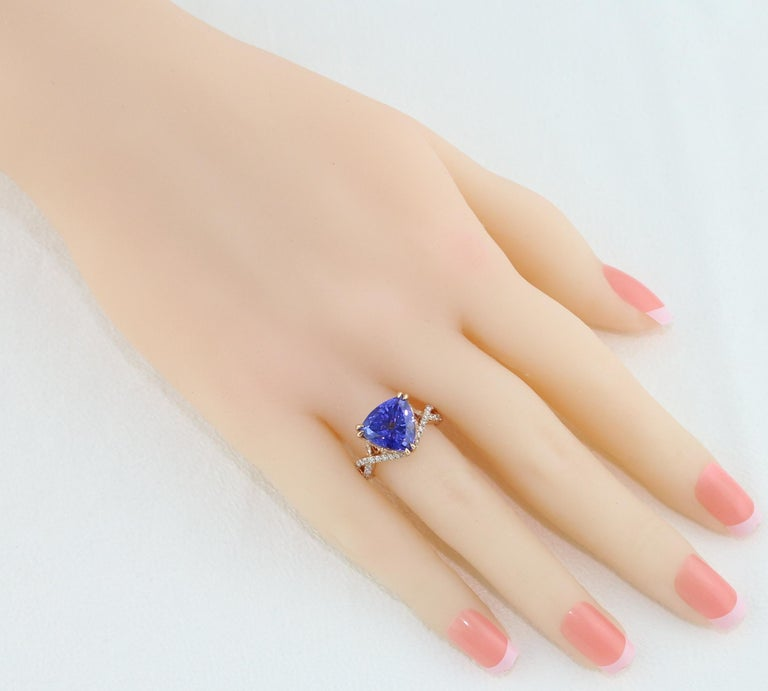 6.34 Carat Trillion Cut Tanzanite Diamond Rose Gold Ring For Sale 1
