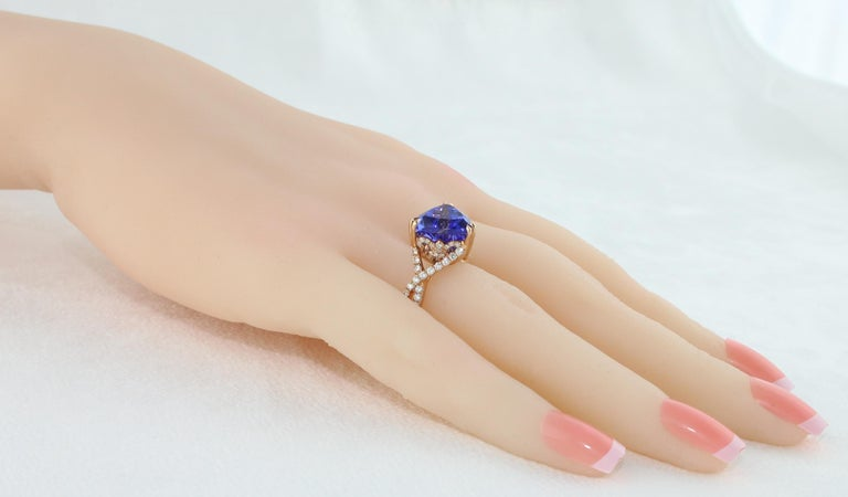 6.34 Carat Trillion Cut Tanzanite Diamond Rose Gold Ring For Sale 3