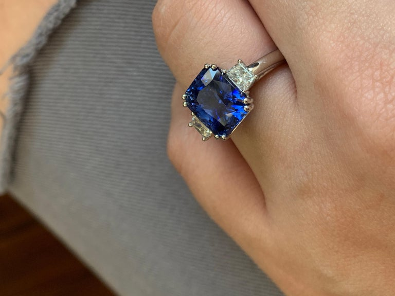 6.36 Carat Royal Blue Sapphire In New Condition For Sale In New York, NY