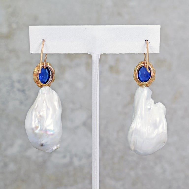 Women's 6.40 Carat Lab Sapphire and Baroque Pearl 14 Karat Rose Gold Dangle Earrings For Sale