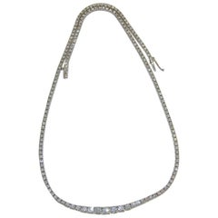 6.47 Carat Graduated Diamond Tennis Collar Ladies Necklace, 18 Karat Gold