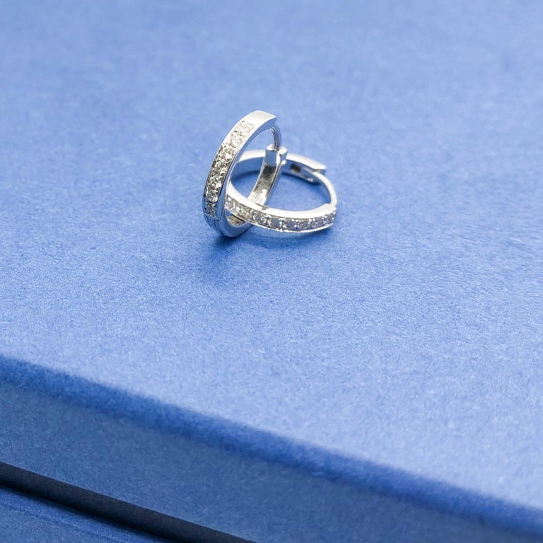 64Facets 28 Carat Rose Cut Diamond Tassel Chandelier Earrings in White Gold For Sale 12