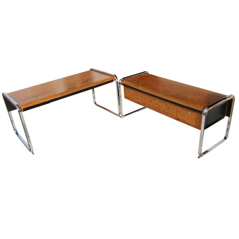 1970s Peter Protzman for Herman Miller Zebrawood Executive Desk In Good Condition For Sale In Pasadena, TX