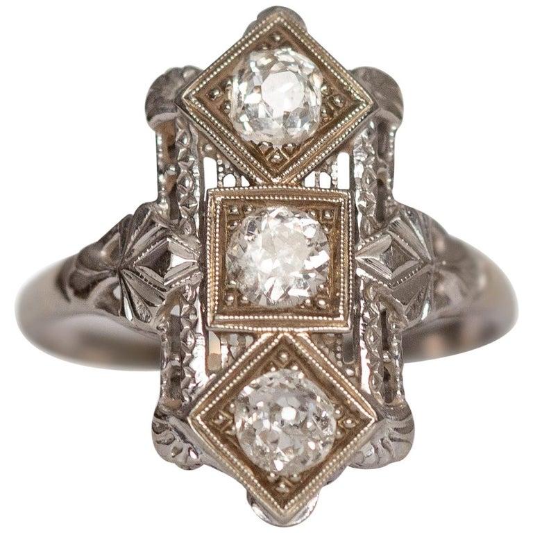 .65 Carat Art Deco Diamond 18 Karat White Gold Engagement Ring For Sale