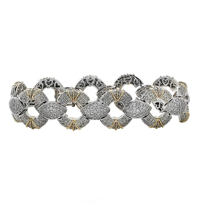 Modern 6.5 Carat Diamond Pave' Bracelet For Sale