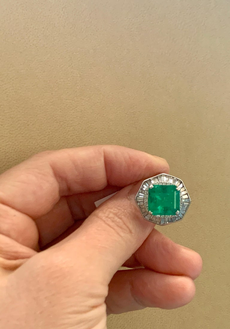 6.5 Carat Emerald Cut Colombian Emerald and 2.4 Carat Diamond Ring Platinum In Excellent Condition For Sale In Scarsdale, NY