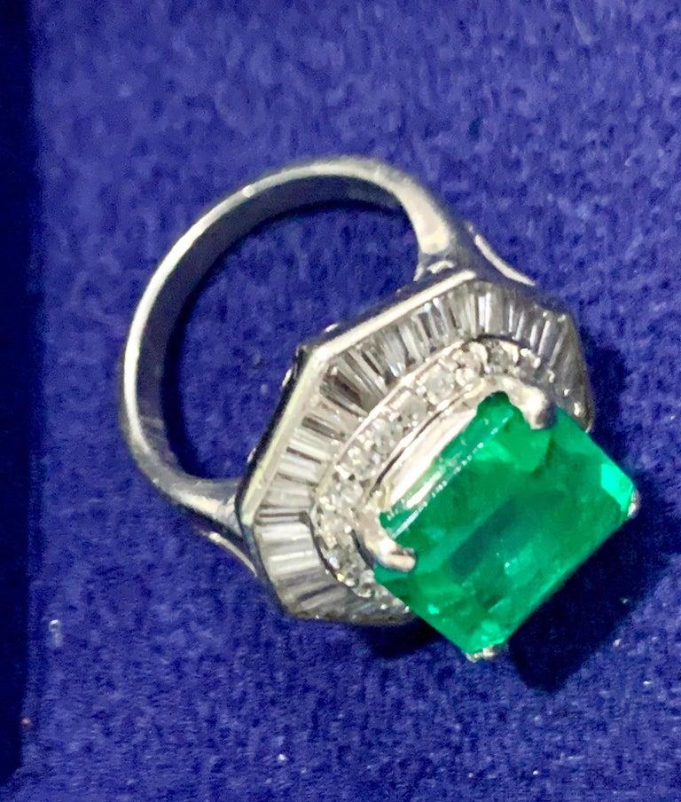 6.5 Carat Emerald Cut Colombian Emerald and 2.4 Carat Diamond Ring Platinum For Sale 2