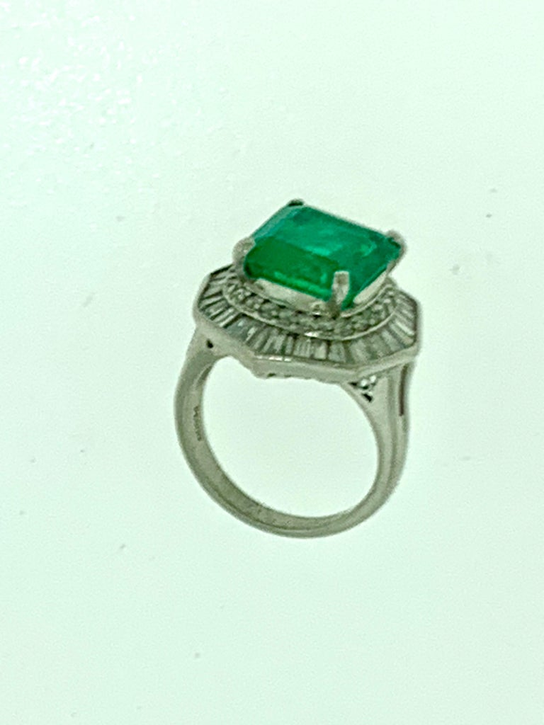 6.5 Carat Emerald Cut Colombian Emerald and 2.4 Carat Diamond Ring Platinum For Sale 3
