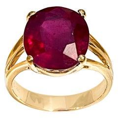 6.5 Carat Oval Shape Treated Ruby 14 Karat Yellow Gold Ring