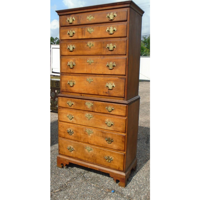 North American 6.5 Late 19th Century English George III Graduated Chest of Drawers For Sale
