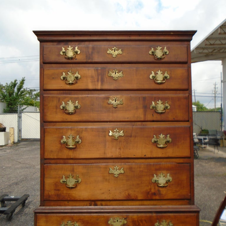 Mahogany 6.5 Late 19th Century English George III Graduated Chest of Drawers For Sale