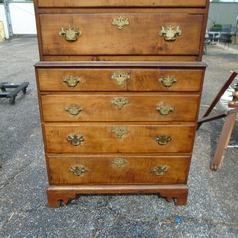 6.5 Late 19th Century English George III Graduated Chest of Drawers For Sale 2