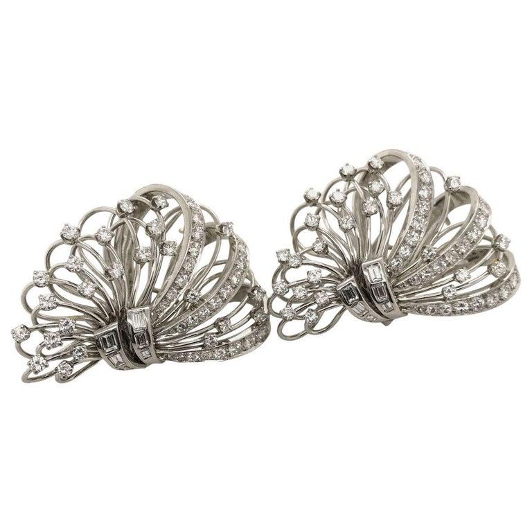 6.50 Carat Diamond Platinum and 14 Karat Double Clip Brooch For Sale 5