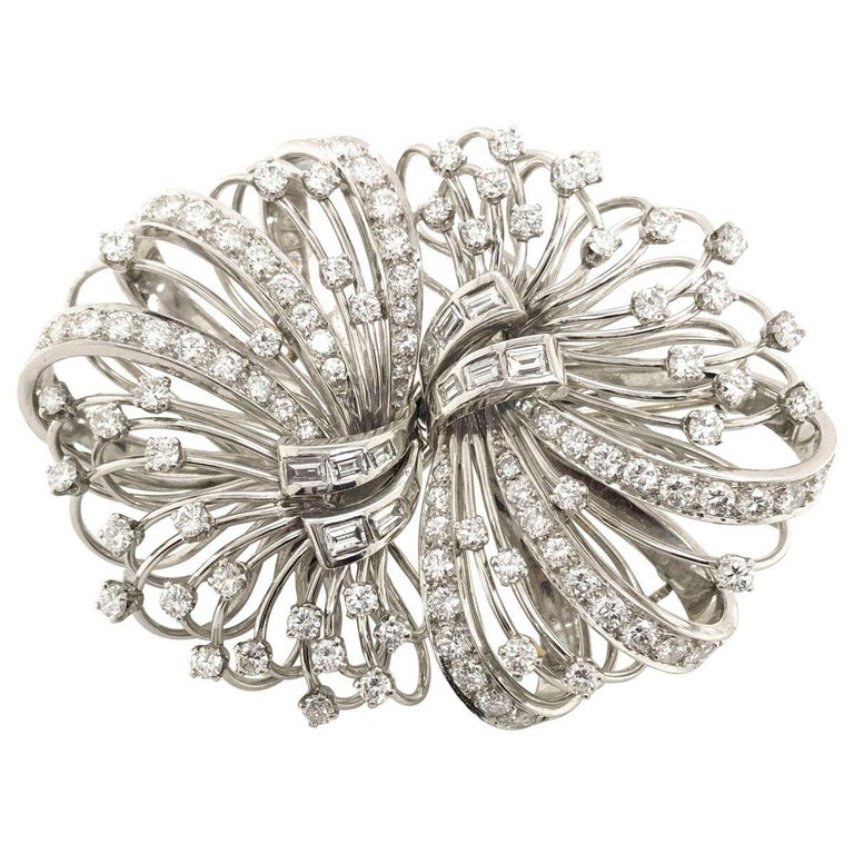 6.50 Carat Diamond Platinum and 14 Karat Double Clip Brooch For Sale 1
