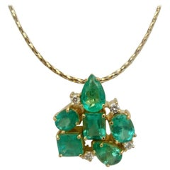 6.50 Carat Natural Colombian Emerald Diamond Cocktail Pendant 18 Karat