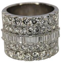 6.50 Carat Natural Round Brilliant Cut Emerald Diamond 18 Carat White Gold Ring